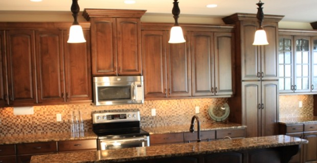 Custom Kitchen Cabinets installed in Kennewick, WA.